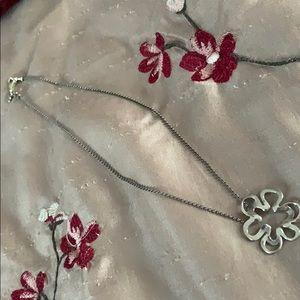 Silpada flower necklace